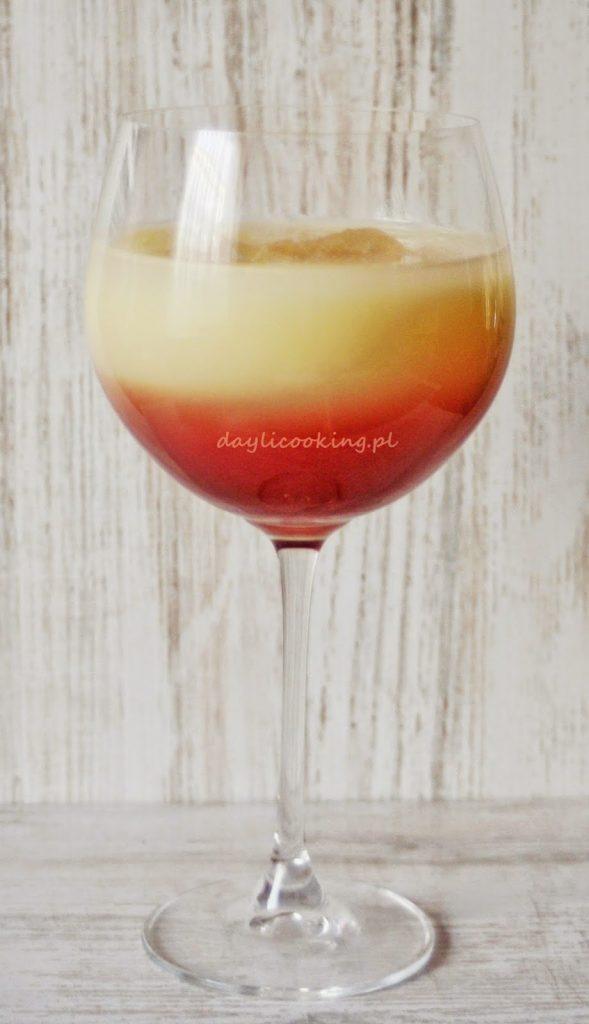 drink banawino - nektar bananowy i czerwone wino