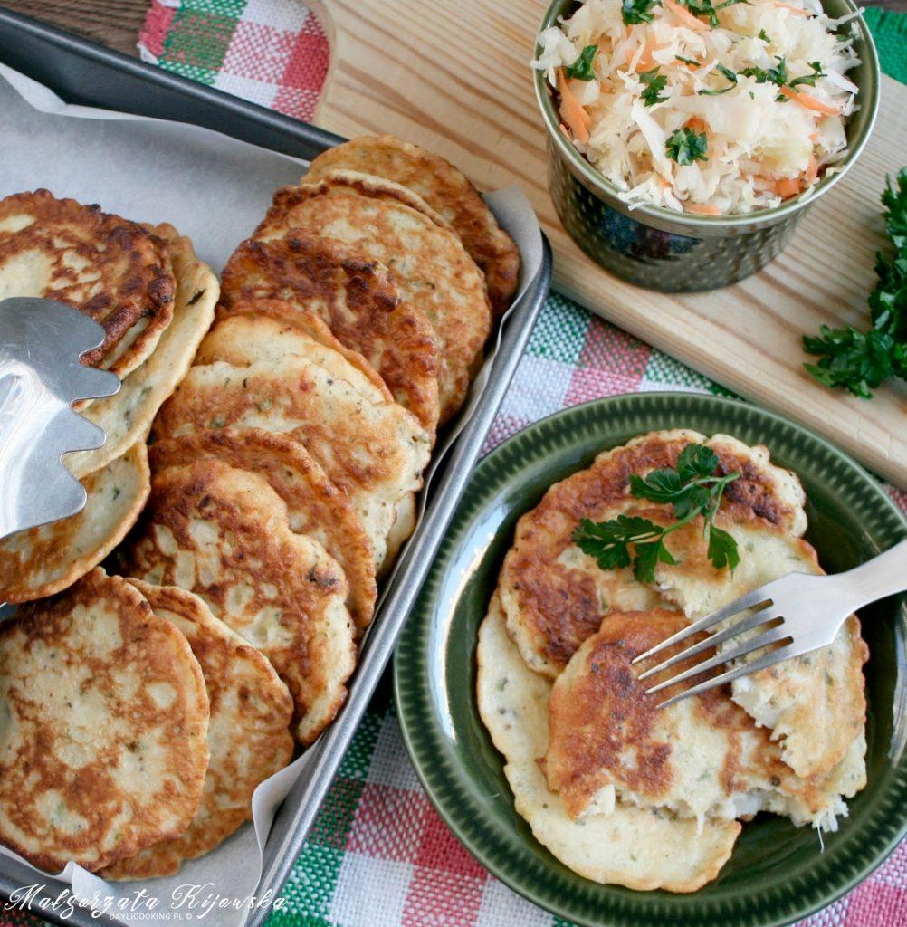 placki z kiszonej kapusty, potrawa regionalna, kuchnia bieszczadzka