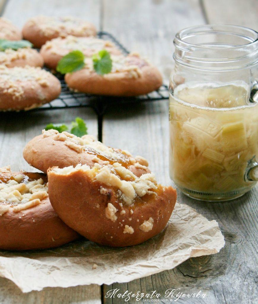 domowe przetwory, domowy dżem, rabarbar, ciasto drożdżowe, Małgorzata Kijowska, daylicooking