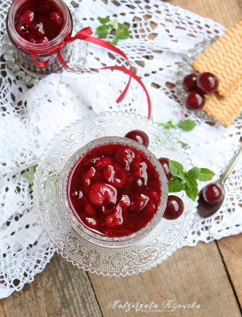 Przepis na domową frużelinę wiśniową