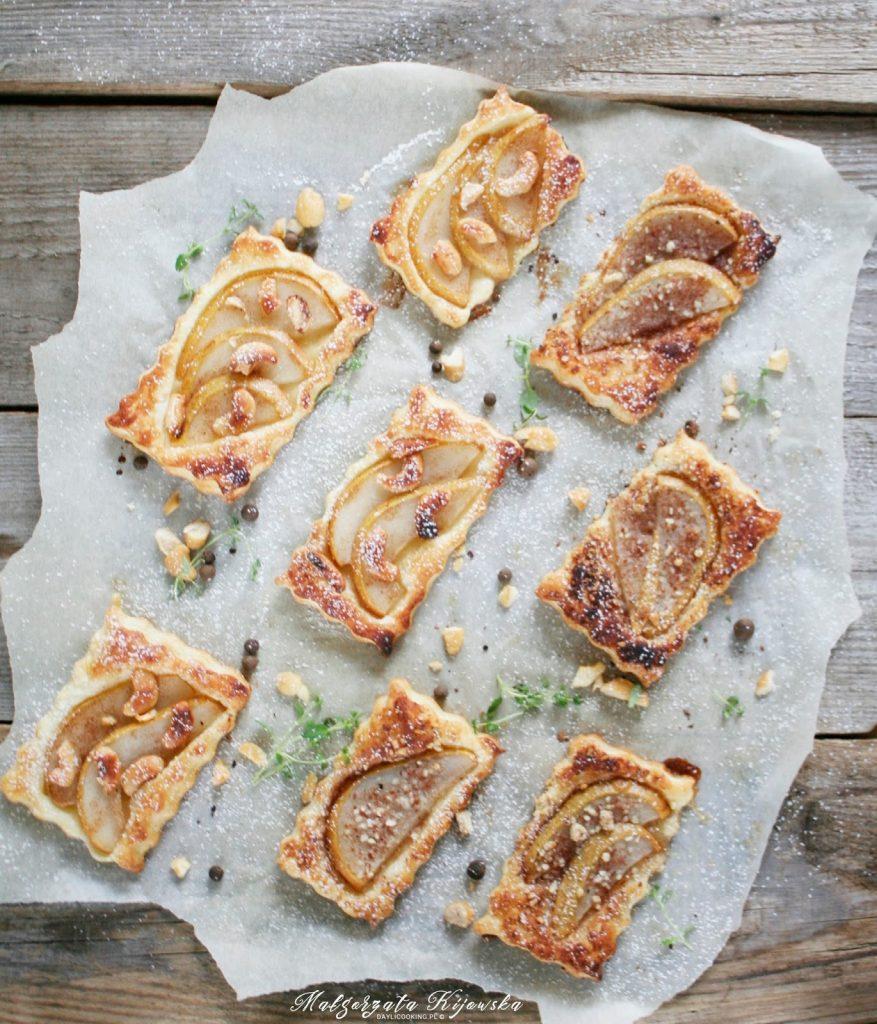 błyskawiczne ciastka, szybkie wypieki, orzechy nerkowca, ciastka z gruszkami, ciastka z owocami, daylicooking