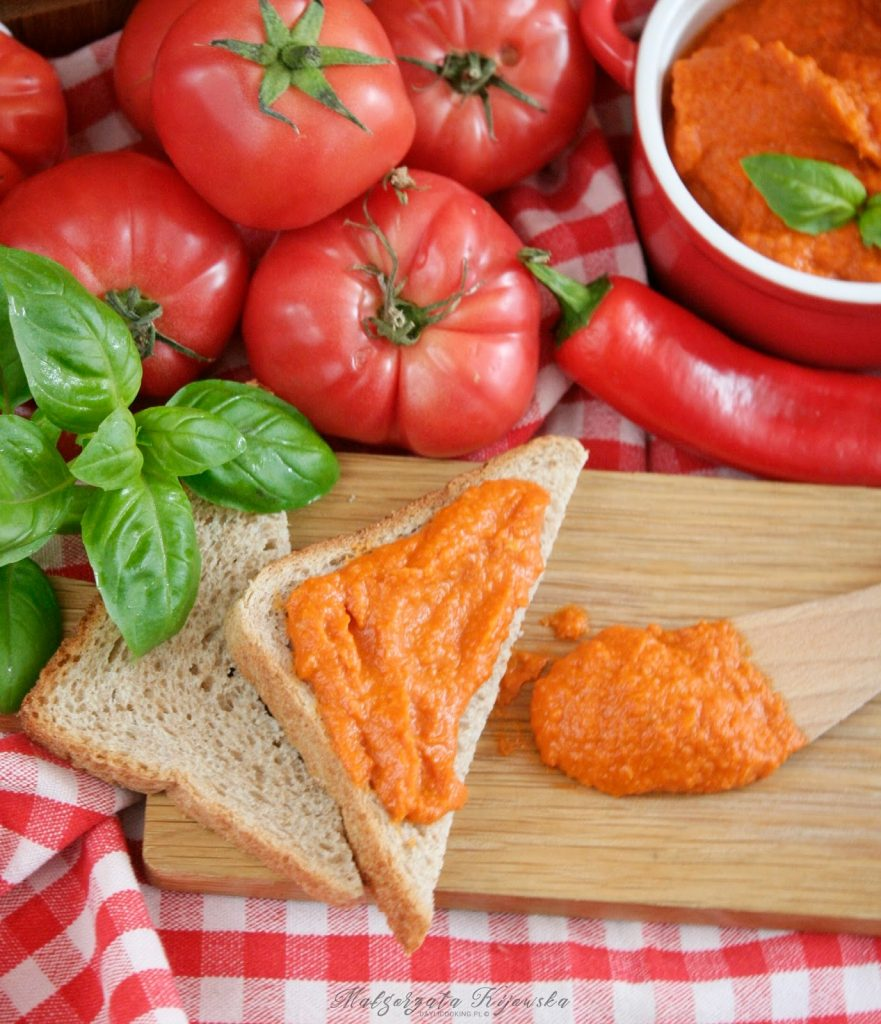 pikantny ketchup, ostry keczup, sos paprykowy, daylicooking