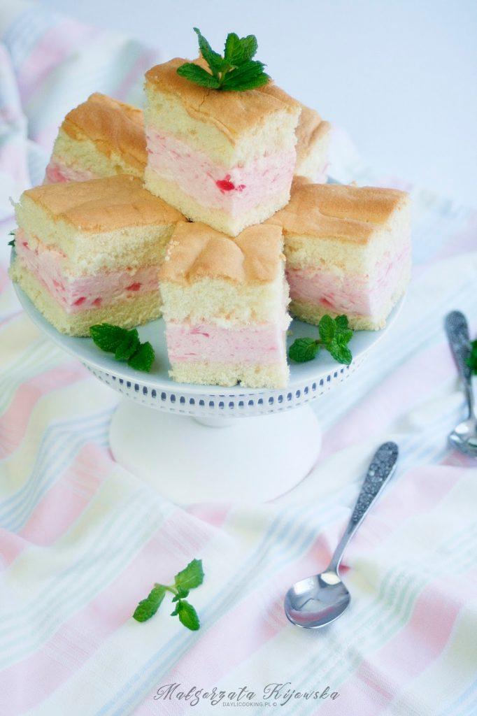 prosty biszkopt, lekkie ciasto, proste ciasto biszkoptowe, jak upiec biszkopt, daylicooking
