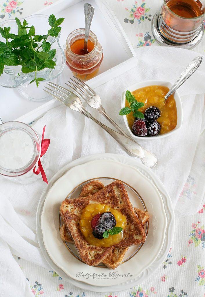 śniadanie na słodko, grzanki, kanapki na ciepło, jak zrobić tosty francuskie, daylicooking