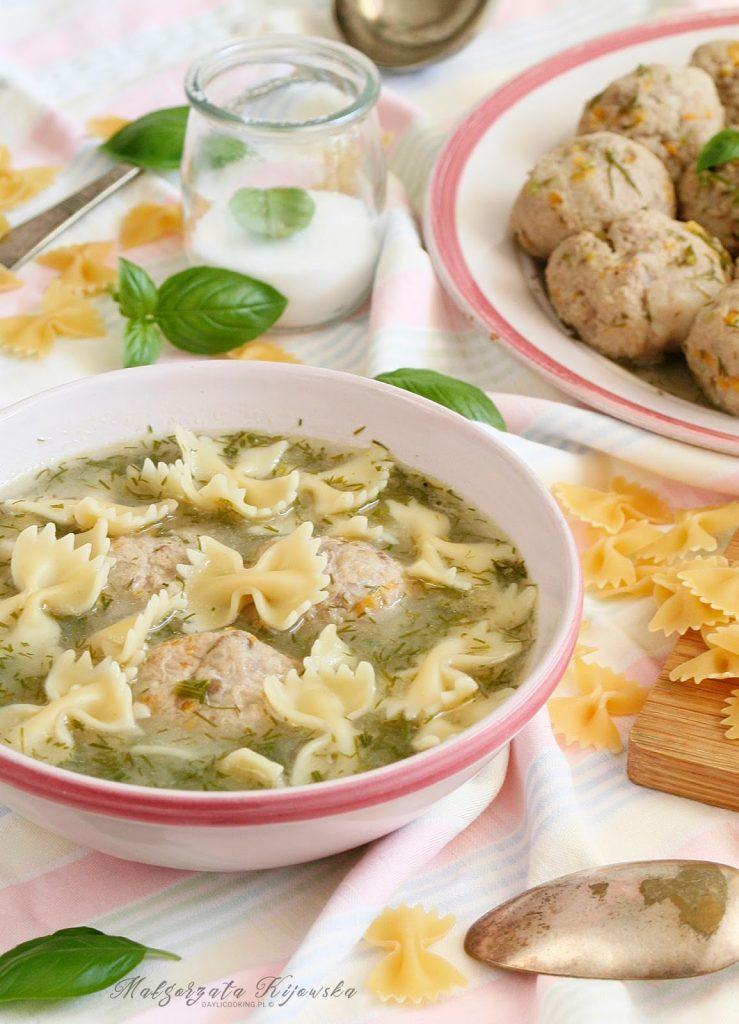 dieta lekkostrawna, zupa z mięsem, obiad, daylicooking