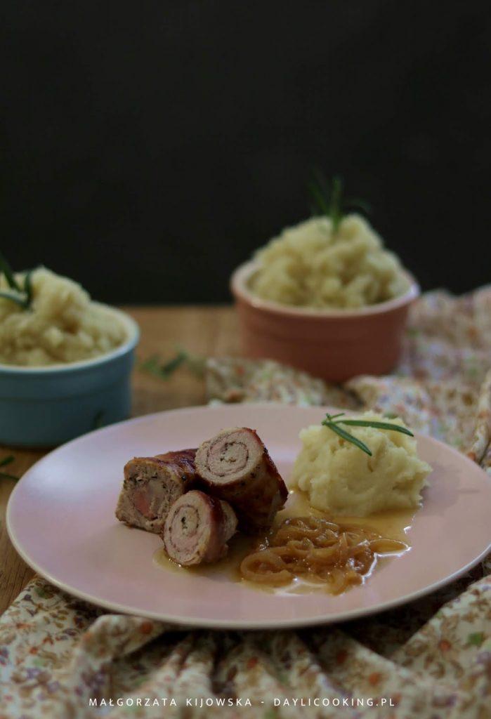 polędwiczka wieprzowa - co z niej zrobić, przepis na polędwicę wieprzową, sos z białego wina, jaki sos do polędwicy, daylicooking