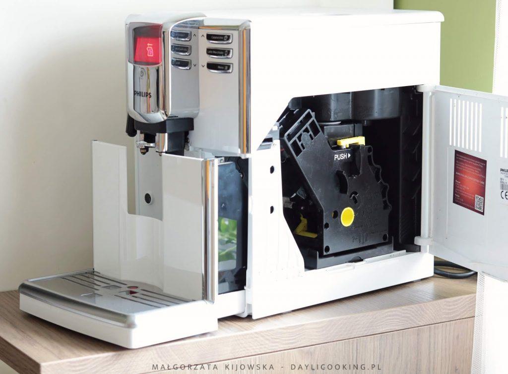 czyszczenie i konserwacja ekspresu do kawy, jak często myć ekspres, daylicooking