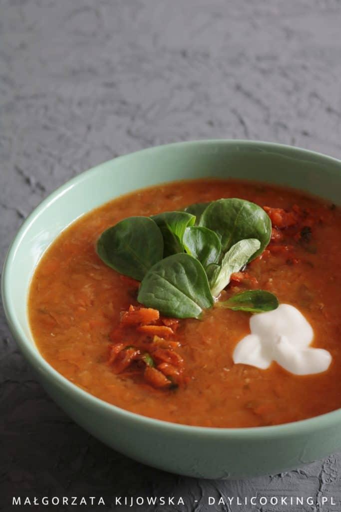 Przepis na zupę z czerwonej soczewicy