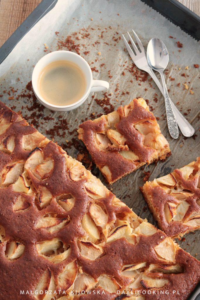Przepis na sprawdzone ciasto z jabłkami