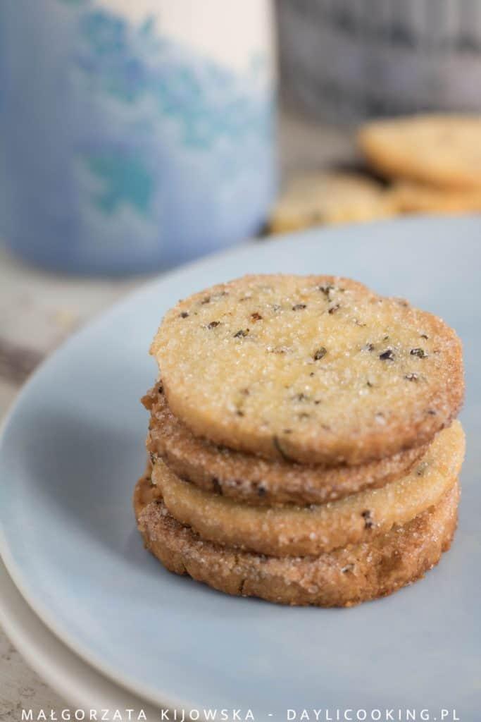 Przepis na lawendowe kruche ciasteczka cytrynowe